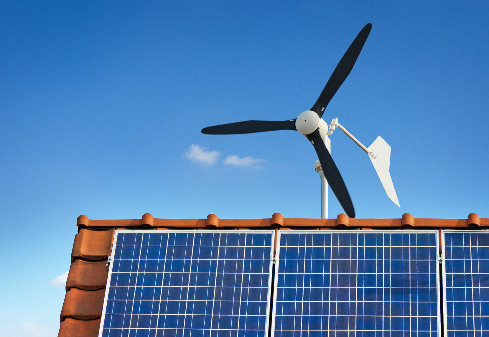 Une éolienne sur un toit